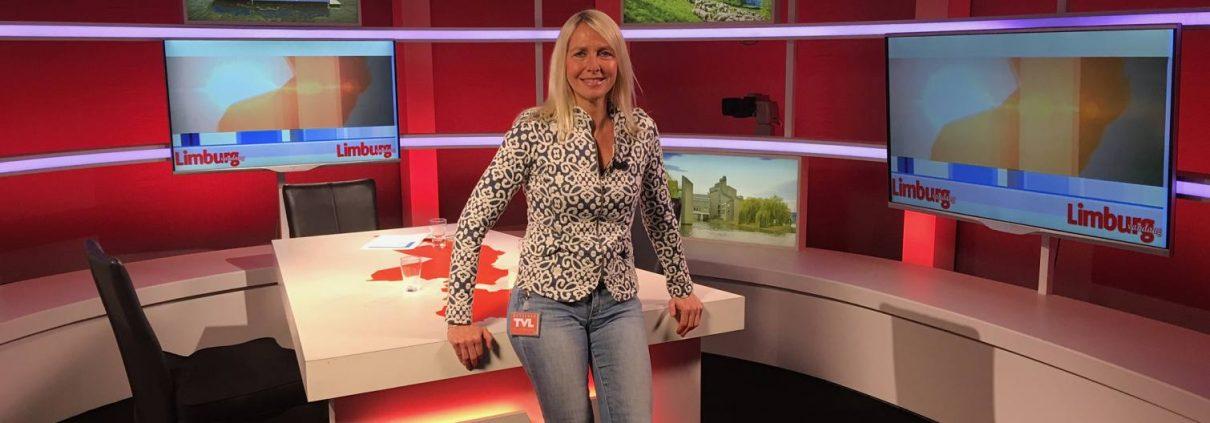 Nicolette van Dam met Inkijk tijdens uit Radio Uitzending